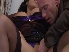 Download sensual video category anal (902 sec). Escort beurette sodomiseacute_e par vieux pervers..